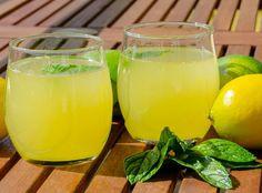 Incroyable Limonade Au Thermomix Magique Lemonade with Thermomix, une r. Smoothies Thermomix, Dessert Thermomix, Disney Cocktails, Vodka Cocktails, Lidl, Cocktail Pictures, Proper Diet, Natural Sugar, Unique Recipes