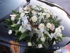 Ανθοστολισμός γάμου - βάφτισης στον Αγ.Νικόλαο στην Γλυφάδα #lesfleuristes #λουλούδια #ανθοσύνθεση #ανθοπωλείο #γλυφάδα #γάμος #βάφτιση #νύφη #δεξίωση Floral Wreath, Wreaths, Home Decor, Floral Crown, Decoration Home, Door Wreaths, Room Decor, Deco Mesh Wreaths, Home Interior Design