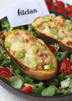 Plnené zemiaky so šunkou a syrom ťa očaria vizuálne aj chuťovo (Recept) – Fitclan Easy Chicken Recipes, Potato Recipes, Vegetable Recipes, Baked Potato, Spinach, Food And Drink, Potatoes, Vegetarian, Pumpkin