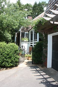 Garden Entrance Charlottesville Residence.  Johnson, Craven & Gibson Architects