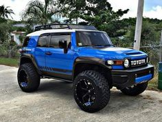 Toyota FJ Cruiser FJ Cruiser, lifted, blacked out, with homemade kayak rack. Yellow FJ Cruiser, Lifted - ℛℰ℘i ℕnℰD by Averson Automotive Group LLC Lifted Fj Cruiser, Land Cruiser 4x4, Fj Cruiser Mods, 2007 Toyota Fj Cruiser, Toyota Trucks, Toyota Cars, Toyota Hilux, Ford Trucks, Carros Toyota
