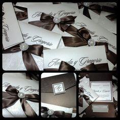 Hermosas invitaciones de boda.