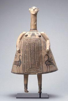 """""""Idole cloche"""" Vers 700 avant J. Provenance : Thèbes (Béotie) Terre cuite H. Ceramic Sculpture, Sculpture Art, History Painting, Ancient, Ancient Pottery, Greek Art, Art, Ancient Art, Ancient Cultures"""
