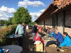 Lekker relaxen op het buitenterras van Actief Twente