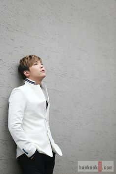 the greatest Korean Actors, Sexy Men, Asia, Universe, Kpop, Band, Stars, Korea, Sash