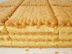 Petit keks torta ~ Recepti i Ideje Romanian Desserts, Romanian Food, Croatian Recipes, Hungarian Recipes, Baking Recipes, Cake Recipes, Dessert Recipes, Posne Torte, Croatian Cuisine