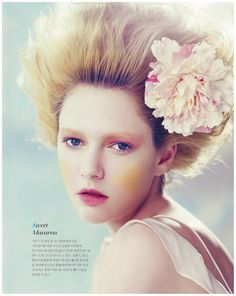 Model Beatrice Adochitei for Secreto Magazine April, Lovely soft and feminine beauty look, interesting with the yellow blush. Editorial Hair, Beauty Editorial, Fashion Photo, Fashion Models, High Fashion Makeup, Dope Hairstyles, Altered Images, Beauty Photos, Hair Painting