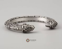 Viking Bracelet With Odin's Ravens Hugin & Munin Scandinavian Bracelet Viking Jewelry Pewter art. 001-091