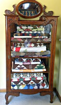 Persnickety Quilts: Quilt Storage