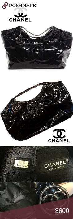 """CHANEL Vinyl Coco Cabas XL Tote Bag Chanel Black Patent Vinyl Coco Cabas XL Tote High-gloss vinyl in black with a large CC logo hanging. PRELOVED condition. Vinyl material shows normal signs of wear. The edge in the top has cracking, the 4 corners has some small wear, nothing bad at all as you can see in pictures,not to visible, the inside is very clean, no tears or stains inside or outside. Still a lot of life left.  Height: 15"""" Width: 17""""  Depth: 8""""  Strap Drop:8.5"""" Approximate…"""