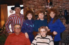Reba McEntire - The McEntire gang at Mama and Daddy's house 1995.