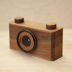 Handcraft Wooden Pinhole Cameras – Fubiz Media