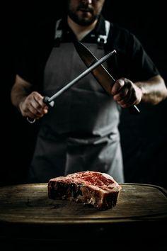 El Vocabulario Verbos 3: Carnear- Matar y descuartizar las reses para aprovechar su carne.