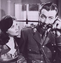 Vivien Leigh and Robert Taylor in The Waterloo Bridge (1940).