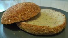 Sunde burgerboller minus gær, hvede, gluten osv. Skal ikke hæve, og kun til 3 boller