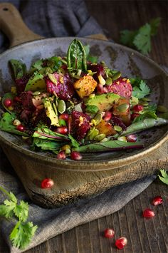 Roasted beets, pomegranate and kaniwa salad with sweet corn, avocado, fresh lemon, cilantro and scallions, and toasty pumpkin seeds - this salad is an exploision of colors, flavors and textures.