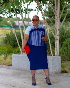 Cheers to the best summer weather we have ever had- even if we have a bitterly cold winter – I won't complain 😂😂😂 Enjoy the rest of your weekend folks ❤️❤️❤️ NAVY BANDAGE SKIRT (few left) (available in 6 colours) available on www. Curvy Plus Size, Plus Size Girls, Plus Size Women, Thick Girl Fashion, Plus Size Fashion For Women, Trendy Fashion, Chic Outfits, Fashion Outfits, Fashionable Outfits