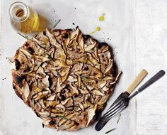 mushroom pizza with walnut cream