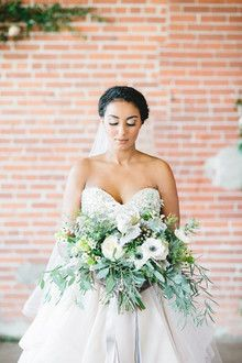 Classic luxe wedding from 100 Layer Cake featuring Martina Liana separates collection