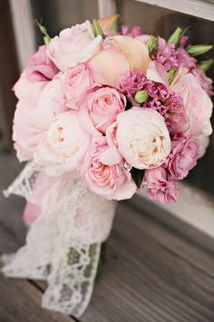 Wedding bouquet is an important part of the bridal look. Looking for wedding bouquet ideas? Check the post for bridal bouquet photos! Bridal Musings, Vintage Wedding Flowers, Bridal Flowers, Rustic Wedding, Trendy Wedding, Vintage Bridal, Purple Wedding, Wedding Bride, Chapel Wedding