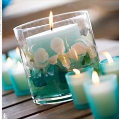 Lovely turquoise wedding candles