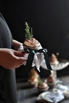Cupcakes al cioccolato Zagara, Cupcakes, Ethnic Recipes, Food, Cedar Trees, Gourmet, Cupcake Cakes, Essen, Meals