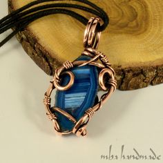 BLUE AGATE CRYSTAL NECKLACE ANTIQUED COPPER WIRE WRAPPED ARTISAN GEMSTONE #MbaHandmade #Wrap