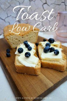 Low Carb Toast Brot - kommt nah an das Original ran und ist schnell gebacken. Perfekt für's Sonntags-Frühstück