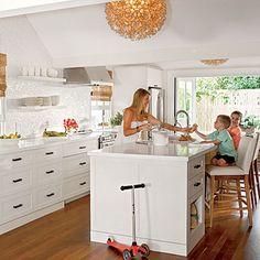 Key West cottage kitchen | Coastalliving.com