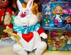 В НАЛИЧИИ Мягкая игрушка БЕЛЫЙ КРОЛИК герой мультфильма Алиса в стране чудес Размер игрушки 38 см Цена 1900 руб Очаровательный кролик ищет свой дом! #дисней#диснейстор#кролик#белыйкролик#алисавстранечудес#мягкаяигрушка#мягкиеигрушки#игрушкидисней#disney#disneystore#disneystore_toy#