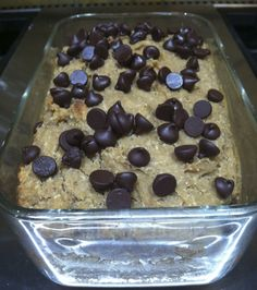 Healthier version of Chocolate Chip Banana Bread, white beans instead of oil, dates, etc. Choc Chip Banana Bread, Sugar Free Banana Bread, Vegan Banana Bread, Vegan Bread, Sin Gluten, Gluten Free, Vegan Baking, Healthy Baking, Healthy Food