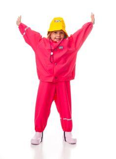 Rukka rain set in Fuchsia; waterproof anorak and waterproof dungarees, yellow waterproof sou'wester hat. Available for age 1 - 5 years. Rain Parka, Rain Jacket, Rain Hat, Waterproof Coat, Dungarees, 5 Years, Windbreaker, Trousers, Tech