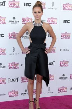 She wore a Lanvin dress from the spring/summer 2013 collection with black strappy Giuseppe Zanotti sandals to the Film Independent Spirit Awards