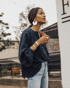 oversized earrings | casual outfit | light jeans | big sleeve | quarter sleeve | blouse | low ponytail | brunette | spring : fall #streetclothing