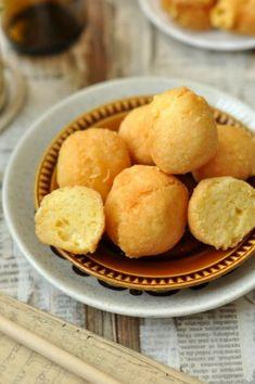 Vacsora ötlet: sajtgolyó. Snack Recipes, Snacks, Vegetable Recipes, Cornbread, Chips, Vegetables, Ethnic Recipes, Food, Apartment Living Rooms