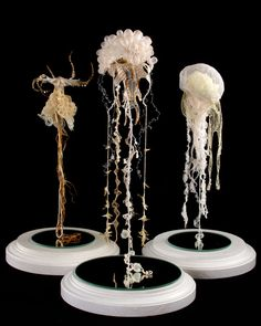 Emmanuelle Dupont - Chimères - I simply love these delicate sculptures! Sculpture Textile, Sculpture Art, Louise Nevelson, Textiles, Medusa, Art Actuel, Sea Life Art, Geometric Fashion, Yarn Bombing