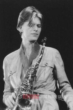 The Thin White Duke, 1976