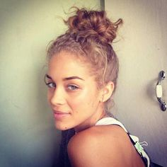 Jasmine Sanders I FRIGGIN WANT CURLY HAIR MAN
