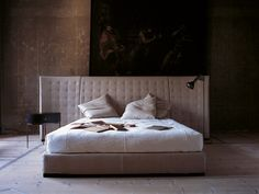 Caress Bed* by Flexform Mood | Architonic