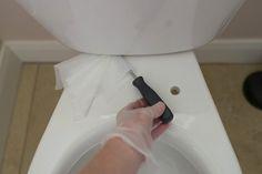 6 astuces pour des toilettes propres et qui sentent bon en toutes circonstances noté 2.88 - 25 votes Il convient de considérer avec sérieux l'importance de bien nettoyer ses toilettes. Il n'est jamais agréable de s'installer dans des toilettes qui sentent mauvais ou qui sont sales. Et combien d'entre vous se sont déjà sentis peu...