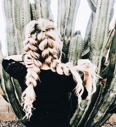 long, thick, and beautiful split braids Retro Hairstyles, Messy Hairstyles, Drawing Hairstyles, Hairstyles Videos, Everyday Hairstyles, Formal Hairstyles, African Hairstyles, Wedding Hairstyles, Barrettes