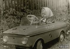"""The pedal car """"Moskvich"""" Vintage Trucks, Vintage Toys, Old Pictures, Old Photos, Power Cars, Kids Ride On, Pedal Cars, Toy Trucks, Ford Gt"""