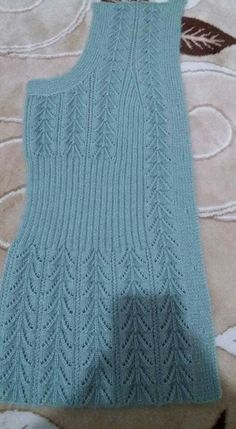 Diy Crafts - knitting,crochet-Blanket with Zig Zag Pattern Free Baby Knitting Patterns, Knitting Designs, Knitting Stitches, Crochet Patterns, Knitting Needles, Diy Crafts Knitting, Easy Knitting, Knit Vest Pattern, Baby Sweaters