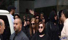 نجوم الفنّ يُنهون صلاة الجنازة على الراحل…: انتهت صلاة الجنازة على جثمان الراحل محمود عبد العزيز ظهر اليوم الأحد والذي وافته المنية أمس…