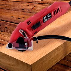 OUTLET Electric Circular Saw (Clearance) - http://www.pricestretcher.com/shop/outlet-electric-circular-saw-clearance/