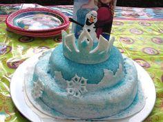Gâteau pate à sucre la Reine des Neiges ( La Couronne d'Elsa et Anna )