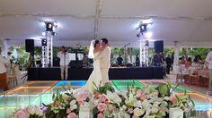 #primerbaile #bodasenlaplaya #beachweddings #cancunbodas #bodasdedestino #destinationwedding #partyboutiquecancun #prettyflowers #mobiliario para eventos #mobiliarioparabodas