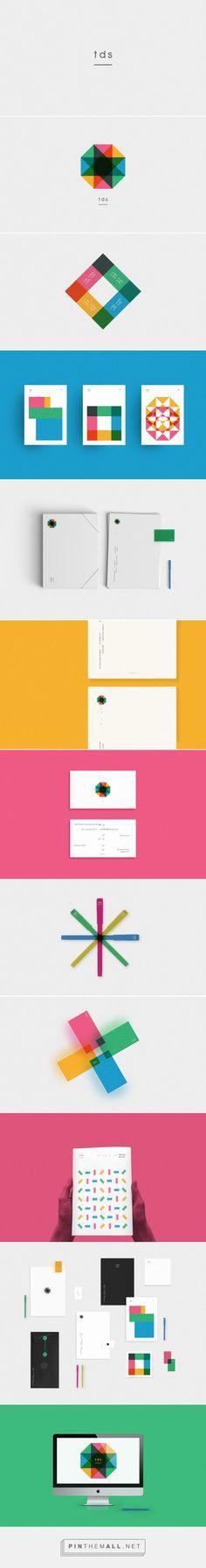 TDS. Braille Board Branding by Hachetresele Studio | Fivestar Branding – Design and Branding Agency & Inspiration Gallery - created via https://pinthemall.net