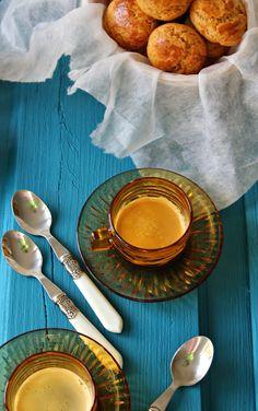 Broas de Mel, Canela e Noz - Dona Delicia Strawberry, Low Carb, Plates, Cookies, Algarve, Tableware, Kitchen, Portugal, Recipes