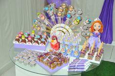 Um Blog de kits de personalizados, moldes e tudo para festa infantil.